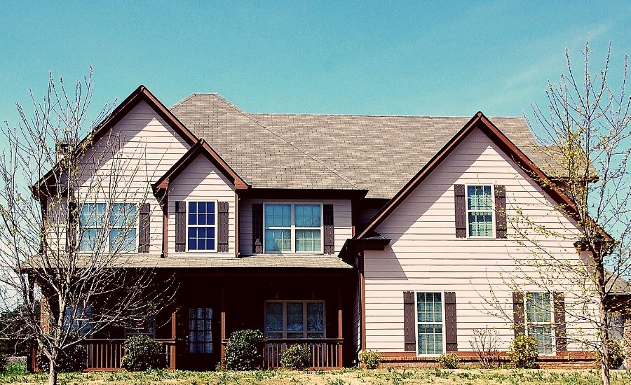 5 Factors that Determine How Long Your Shingle Roof in Ann Arbor Michigan Lasts