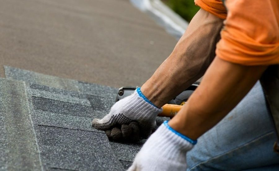 6 Roof Problems That Require the Need for a Roofer in Ann Arbor Michigan