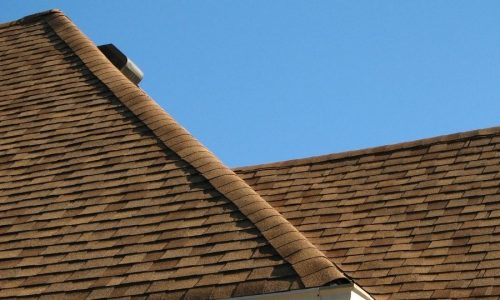 Top 5 Tips To Keeping Your Asphalt Shingles in Ann Arbor Michigan Looking Beautiful